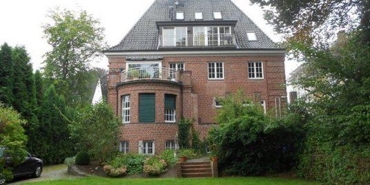 Exklusives Wohnen in einer der schönsten Villen Elmshorns